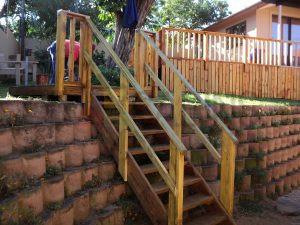 Steps-Handrail-1-300×225